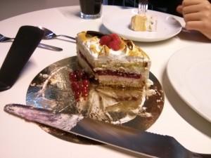 Rasberry cream meringue, ooh yeah.